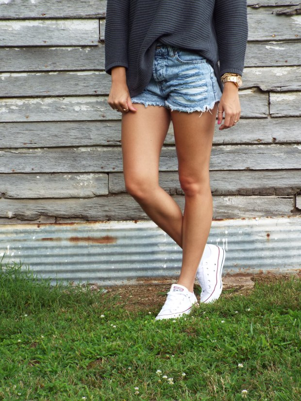 high waisted shorts and converse